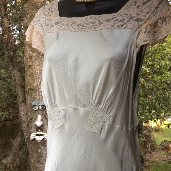 272d46b92178 Vintage Intimates & Sleepwear   Silk Lingerie 192030 Long Bias Mint ...